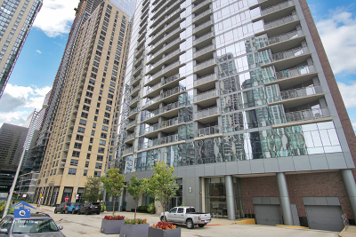 Condo/Townhouse For Sale: 450 East Waterside Drive #2501
