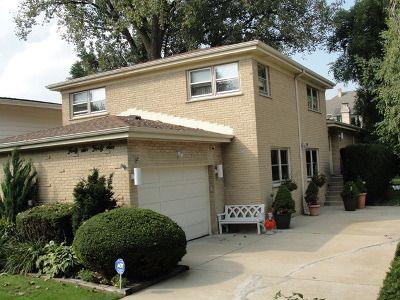Skokie Single Family Home For Sale: 4646 Grove Street