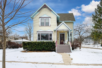 West Chicago  Single Family Home For Sale: 130 Sophia Street