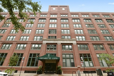 Condo/Townhouse For Sale: 411 West Ontario Street #227