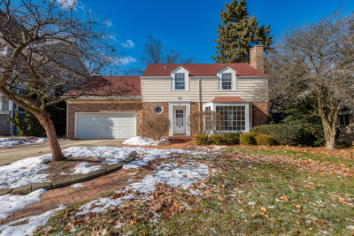Glen Ellyn Single Family Home For Sale: 208 Bryant Avenue