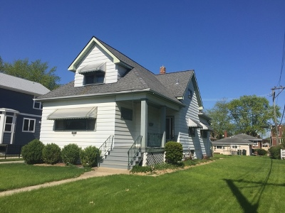 Brookfield Single Family Home For Sale: 3033 Sunnyside Avenue