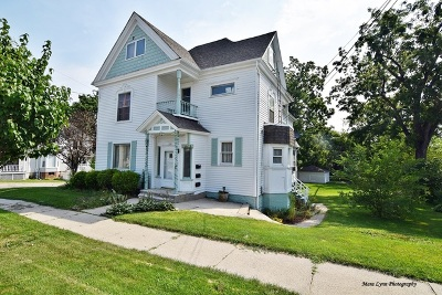 Multi Family Home For Sale: 131 Arbor Avenue