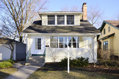 Evanston Single Family Home For Sale: 2233 Pioneer Avenue