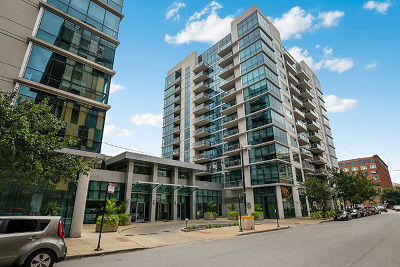 Condo/Townhouse New: 125 South Green Street #1110A