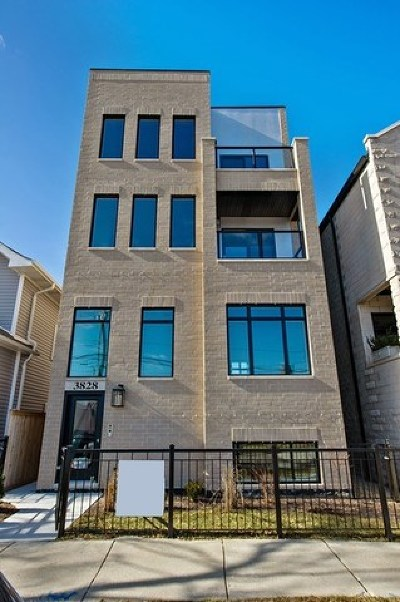 Condo/Townhouse New: 3828 North Racine Avenue #3