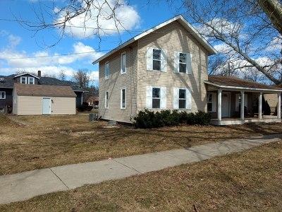 East Dundee Single Family Home For Sale: 119 Barrington Avenue