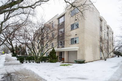 Wilmette Condo/Townhouse For Sale: 627 Ridge Road #305