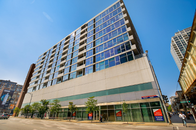 Condo/Townhouse New: 630 North Franklin Street #807