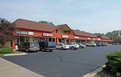 Commercial For Sale: 700-730 South Northwest Hwy Street