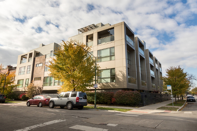 Chicago Condo/Townhouse New: 2748 North Lakewood Avenue #4