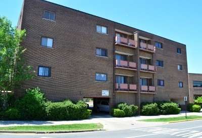 Elmwood Park Condo/Townhouse New: 7610 West Grand Avenue #1B