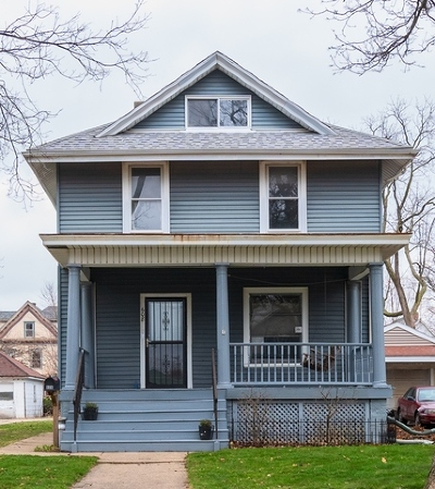 Bloomington IL Single Family Home New: $124,900