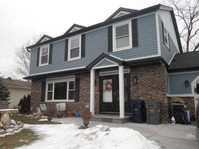 Elgin IL Single Family Home New: $335,000