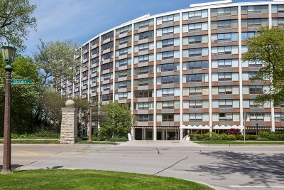 Wilmette Condo/Townhouse New: 1630 Sheridan Road #8K
