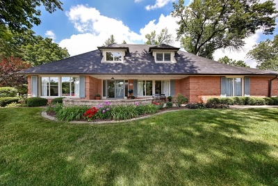Oak Brook Single Family Home For Sale: 84 Baybrook Lane
