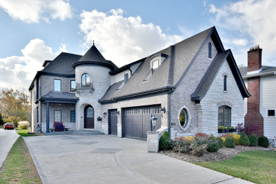 Elmhurst Single Family Home For Sale: 232 East South Street