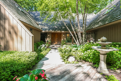Lake Forest Single Family Home For Sale: 1270 Breckenridge Court