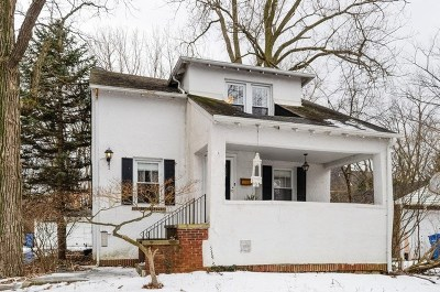 Highland Park Single Family Home For Sale: 946 Lilac Lane