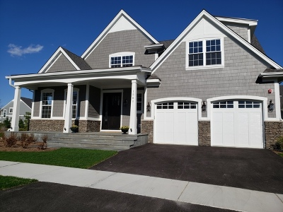 Single Family Home For Sale: 1561 Woodview Lane