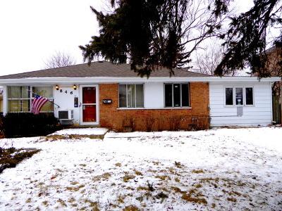 Single Family Home Price Change: 846 Waukegan Road