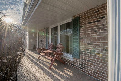 Naperville Single Family Home For Sale: 1365 Stonegate Road