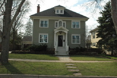 Barrington Single Family Home For Sale: 616 South Grove Avenue