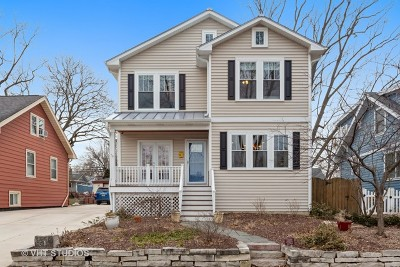 Downers Grove Single Family Home For Sale: 5204 Cumnor Road
