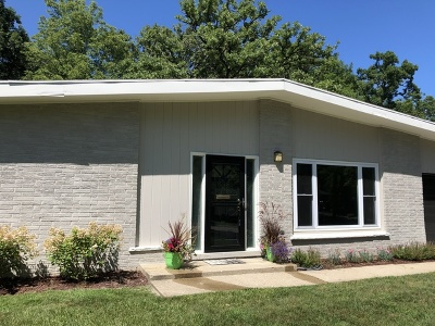 Highland Park Single Family Home For Sale: 879 Barberry Road