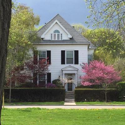 Evanston Single Family Home For Sale: 1608 Forest Place
