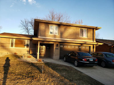 South Holland Single Family Home For Sale: 16409 Cottage Grove Avenue