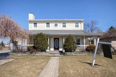 Oak Lawn Single Family Home For Sale: 6524 West 93rd Street