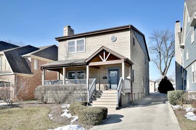 Elmhurst Single Family Home For Sale: 262 North Ridgeland Avenue
