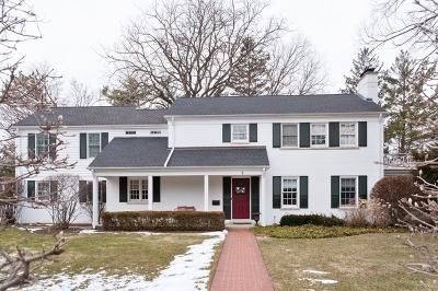Winnetka Single Family Home For Sale: 5 Woodley Manor