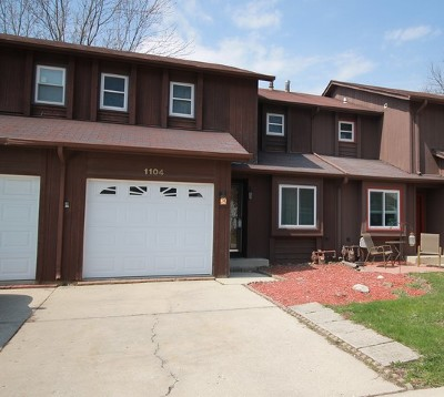 Algonquin Condo/Townhouse Re-Activated: 1104 Riverwood Drive
