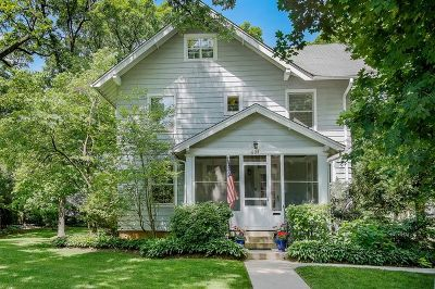 Glen Ellyn Single Family Home For Sale: 694 North Main Street