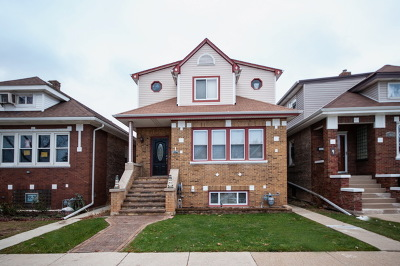 Elmwood Park Single Family Home For Sale: 3024 North 76th Avenue
