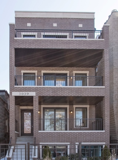 Roscoe Village Condo/Townhouse For Sale: 3039 North Damen Avenue #1