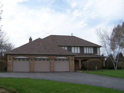 McHenry Single Family Home For Sale: 2960 Bay Meadow Lane