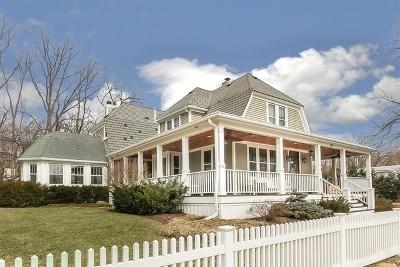 Glen Ellyn Single Family Home For Sale: 868 Walnut Street