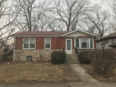 Midlothian IL Single Family Home For Sale: $129,900