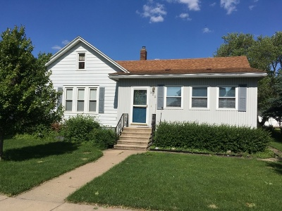 Single Family Home For Sale: 202 North Jefferson Street