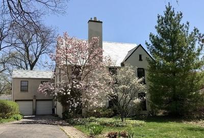 Highland Park Single Family Home For Sale: 355 Dell Lane