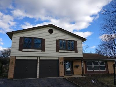Hanover Park Single Family Home For Sale: 7801 Berkshire Court