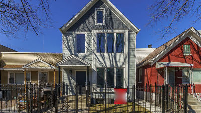 Chicago Single Family Home For Sale: 958 West 36th Street