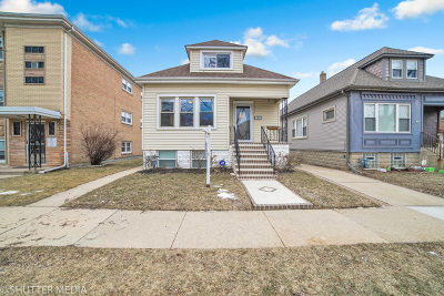 Elmwood Park Single Family Home For Sale: 2936 North 72nd Court