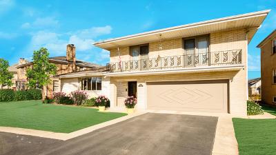 Lincolnwood Single Family Home For Sale: 6503 North Sauganash Avenue