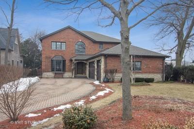 Mount Prospect Single Family Home For Sale: 1001 Wildwood Lane