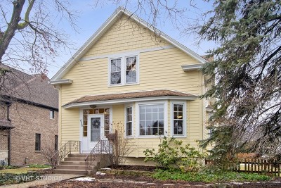 Elmhurst Single Family Home For Sale: 628 South Fairview Avenue
