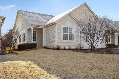 Crest Hill Single Family Home For Sale: 16145 Seneca Lake Circle